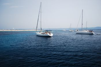 Sailing and charter around Split